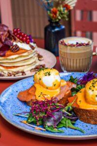 Egg benedicte kaf kaf brunch